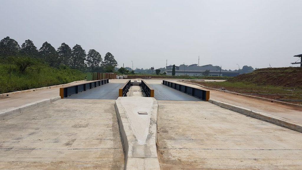 jembatan timbang 2 unit arah keluar masuk