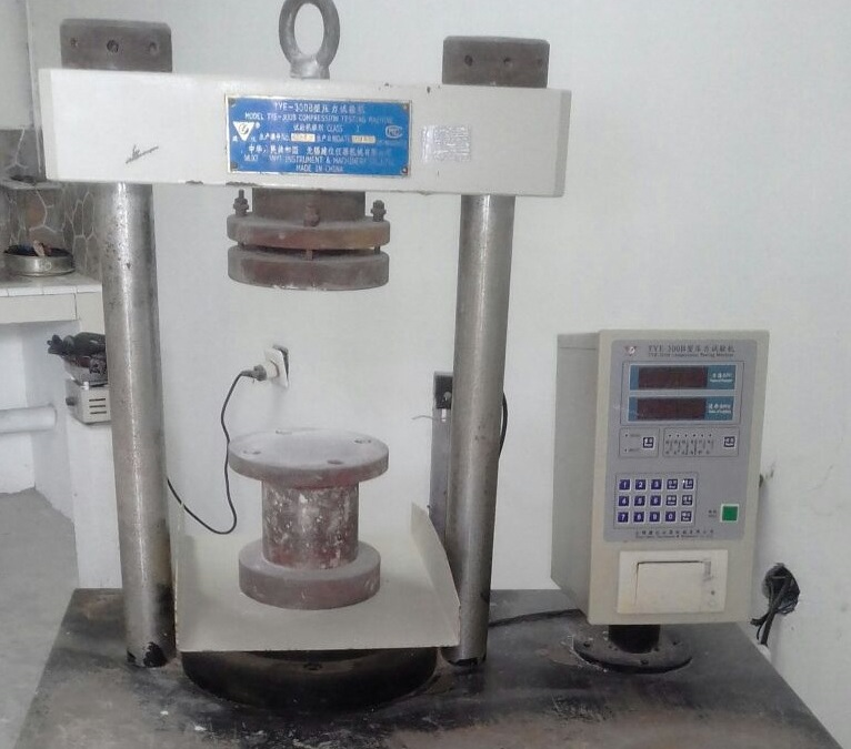 alat uji tekan kuat beton compression testing machine